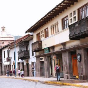 Hostéis e Albergues - Emperador Plaza
