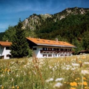 Hostéis e Albergues - Hostel Schliersee    /Jugendherberge Schliersee