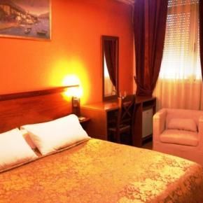 Hostels e Albergues - Hotel Nobel Tirana