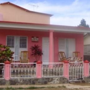 Hostéis e Albergues - Villa Aracelys y Papo