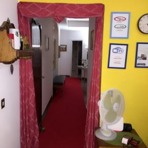Hostels e Albergues - Train Station BnB