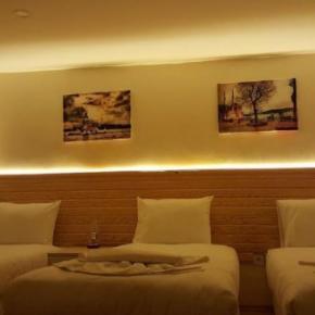 Hostéis e Albergues - Otantik Guest House