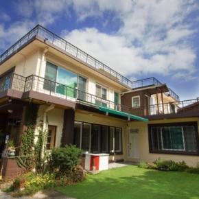 Hostéis e Albergues - 24 Guesthouse Namsan Garden