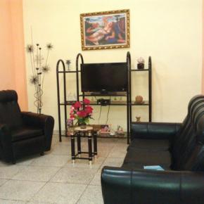 Hostels e Albergues - Hostal Cuba 215