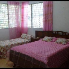 Hostéis e Albergues - Hostal CASA FONQUI