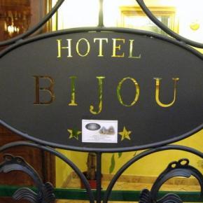 Hostéis e Albergues - Hotel Bijou