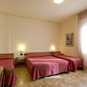 Hostels e Albergues - Careggi Hotel