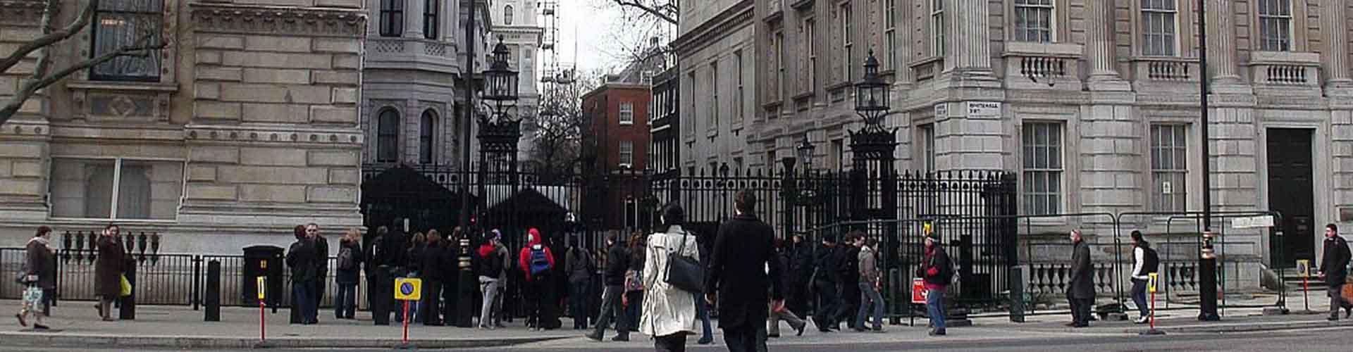 Londres – Hostels próximos a 10 Downing Street. Mapas para Londres, Fotos e Avaliações para cada Hostel em Londres.