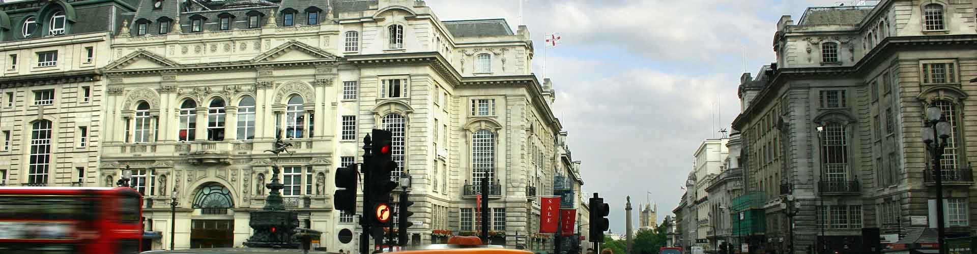 Londres – Hostels próximos a Piccadilly Circus. Mapas para Londres, Fotos e Avaliações para cada Hostel em Londres.