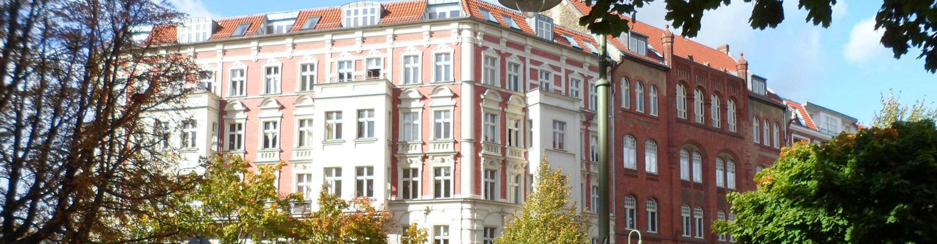 Berlim – Hostels no bairro de Prenzlauer Berg . Mapas para Berlim, Fotos e Avaliações para cada Hostel em Berlim.