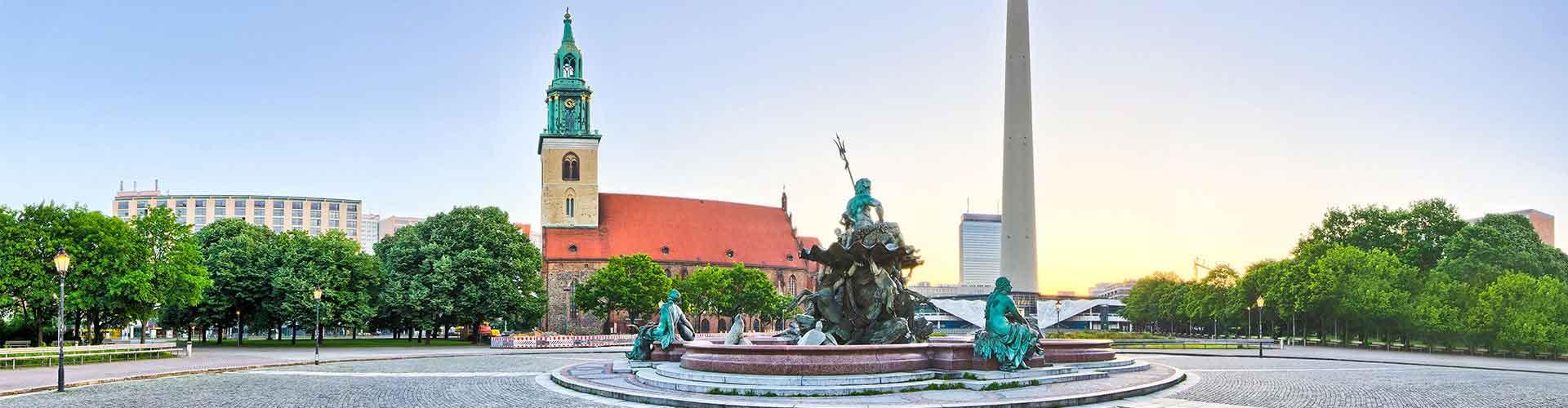 Berlim – Hostels próximos a Fernsehturm. Mapas para Berlim, Fotos e Avaliações para cada Hostel em Berlim.