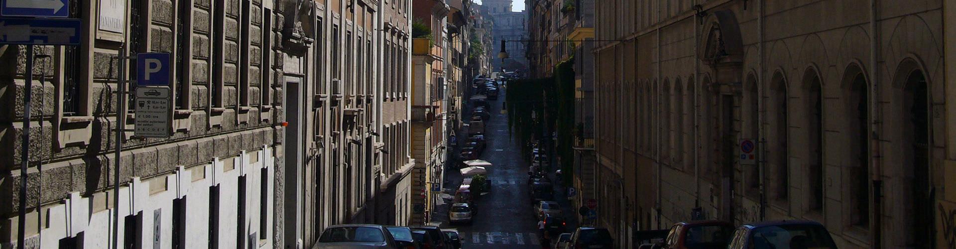 Roma – Hostels no bairro de Monti . Mapas para Roma, Fotos e Avaliações para cada Hostel em Roma.