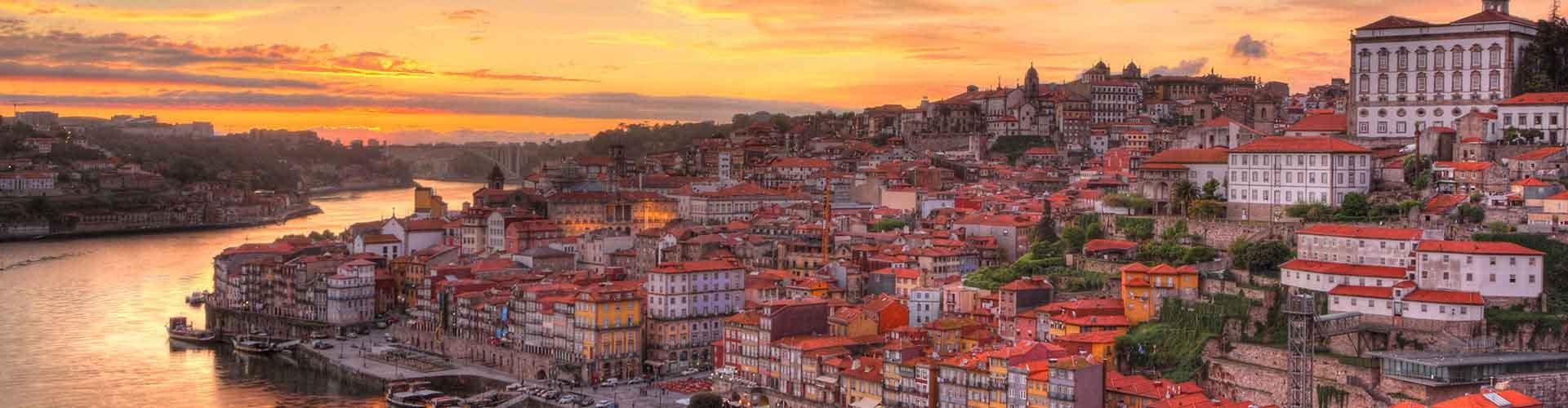 Porto – Acomodações estudantis, hostels e espaços para cowork em Porto (Portugal). Mapas de Porto, fotos e avaliações sobre cada lugar em Porto.
