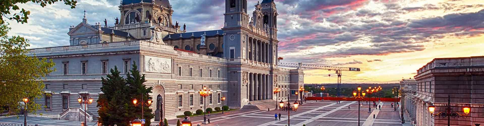 Madri – Hostels no bairro de Centro . Mapas para Madri, Fotos e Avaliações para cada Hostel em Madri.