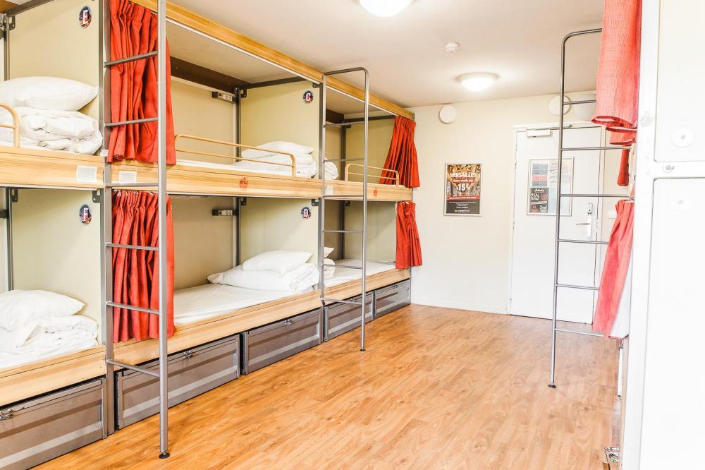 10 camas modulares