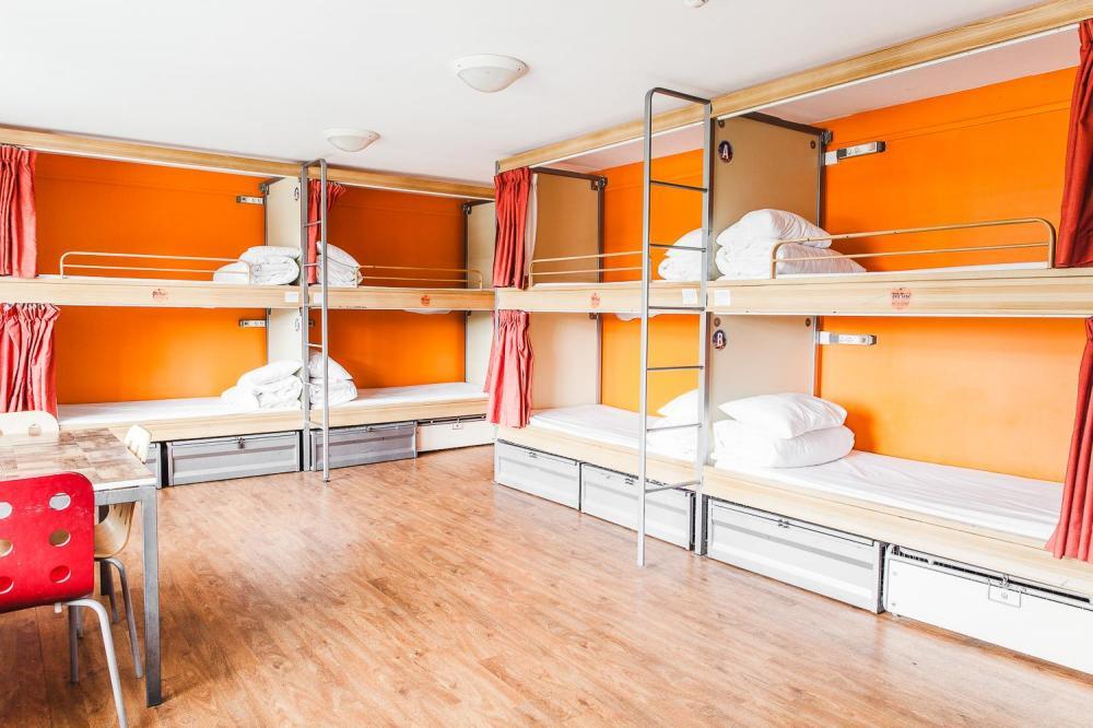 12 camas modulares