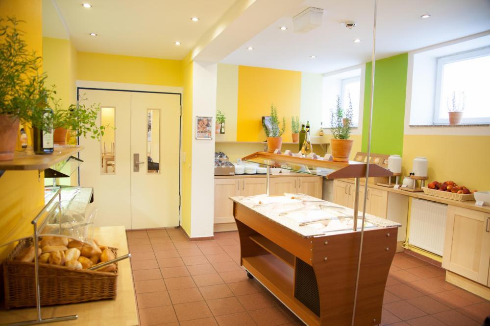 Café-da-manhã no A&O Wien Stadthalle Hostel