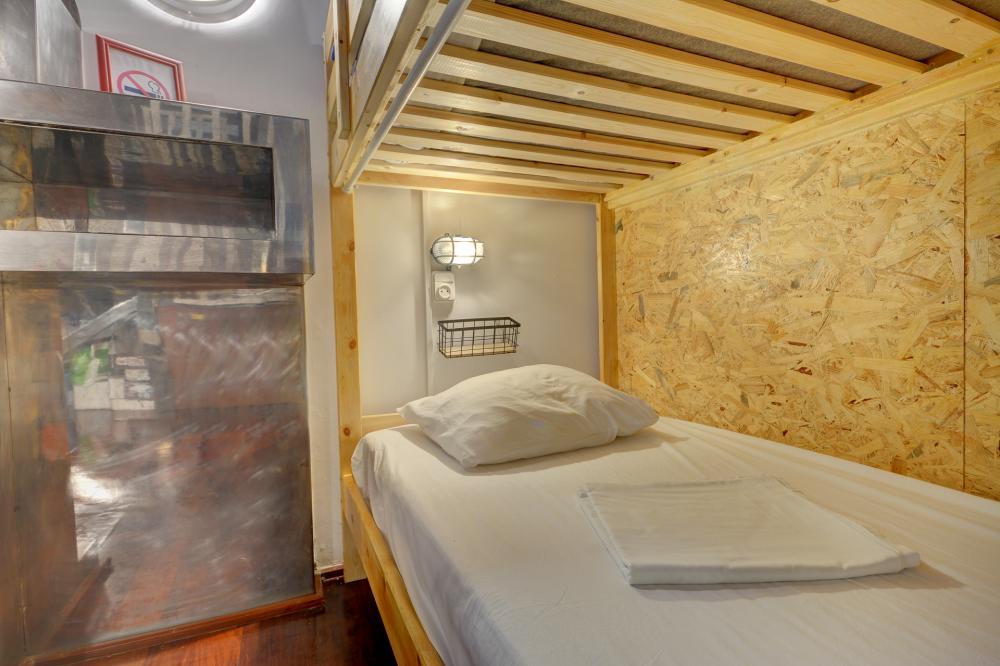 Dormitório Misto com 14 Camas