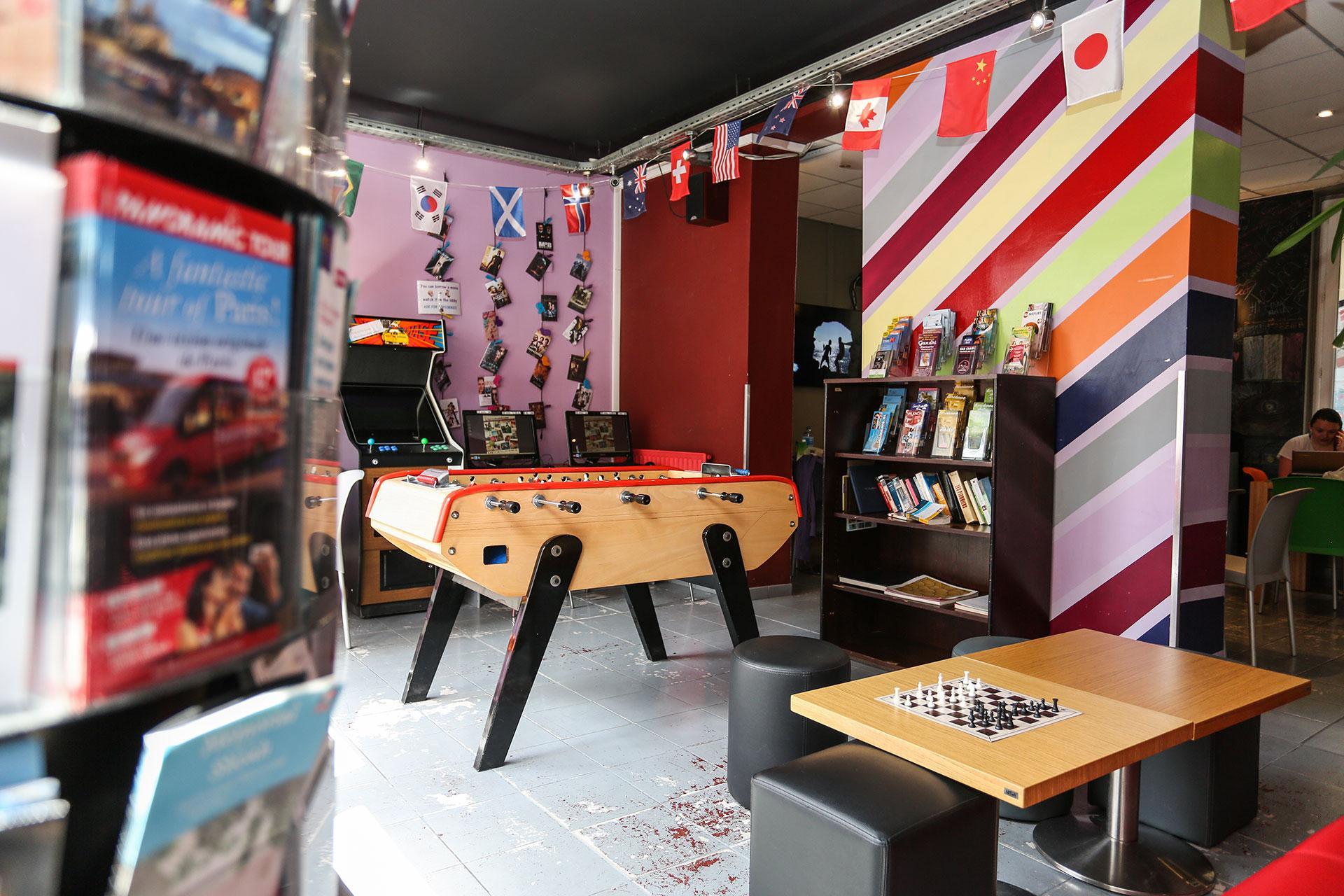 Hostel Le Montclair Montmartre by Hiphops