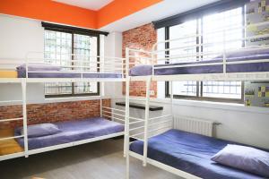 Dormitório misto 4 camas