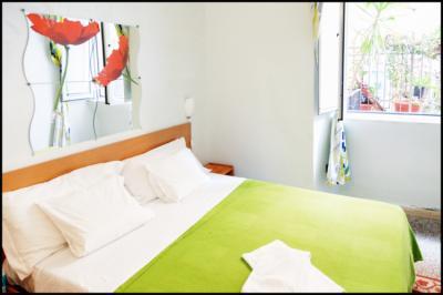 Hostels e Albergues - Român Holidays Hostel