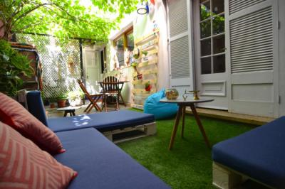 Hostels e Albergues - Yogi Hostel