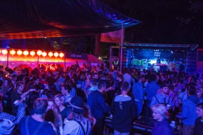 Hostels e Albergues - Oktoberfest & Springfest All-Inclusive Camping