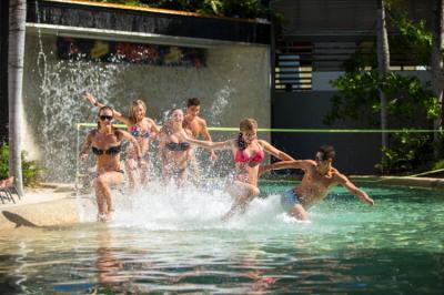 Hostels e Albergues - Gilligans Backpacker Hostel and Resort
