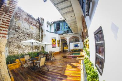 Hostels e Albergues - Bourbon St Hostal Boutique