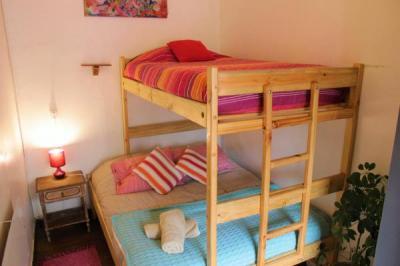 Hostels e Albergues - La Casa Volante Hostal